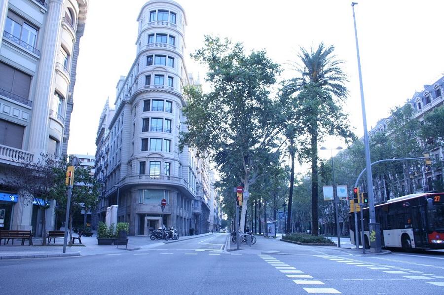 Aprovació definitiva de l'Ordenació Singular de terrasses de la Diagonal de Barcelona.
